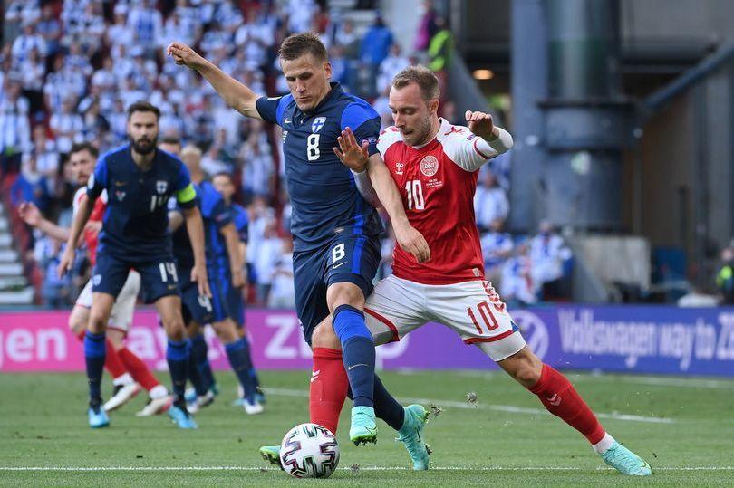 Kubu Timnas Finlandia menyikapi kemenangan atas tuan rumah Denmark pada Piala Eropa 2020, tampa kegembiraan berlebih. Hal itu sebagai respon keprihatinan atas insiden kolapsnya Christian Eriksen.(Foto : istimewa/net)