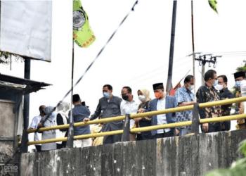 Komisi IV DPRD Provinsi Jawa Barat Saat Memonitor UPTD PSDA Wilayah Sungai Citarum di Kabupaten Bekasi. Senin (14/7/2021) (Foto: Farhat Mumtaz/Humas DPRD Jabar)