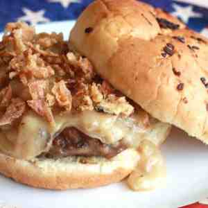 burgers hamburgers chicken fried steak southern recipe gravy onion gravy onions beef