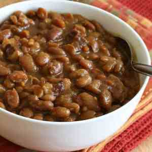 maple spice Boston baked beans recipe traditional salt pork maple syrup molasses brown sugar mustard slow cooker crock pot