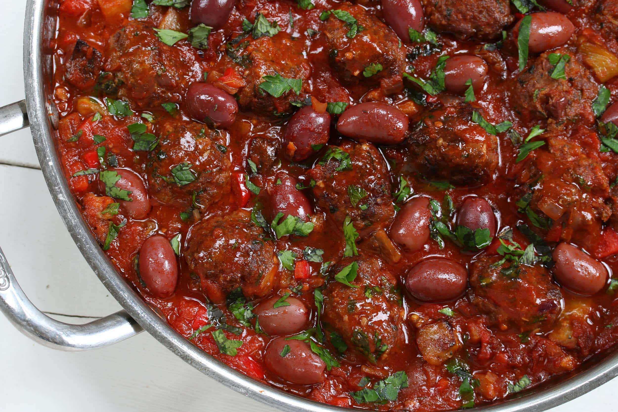 greek meatballs recipe beef chicken pork lamb turkey olives eggplant garlic sauce greece