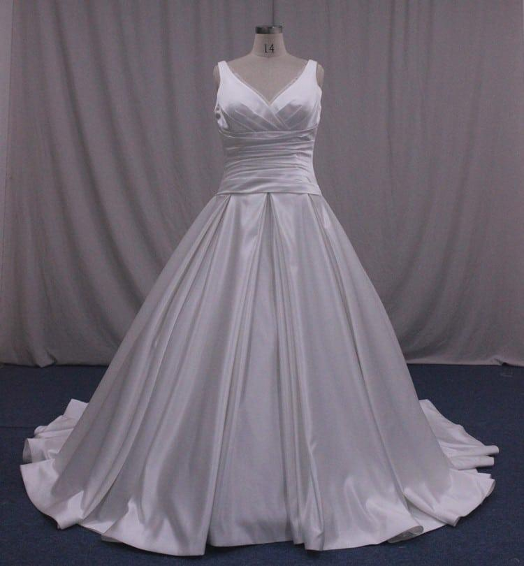 Plus Size Empire Waist Wedding Dress: Plus Size Bridal Ball Gown With Empire Waist Line