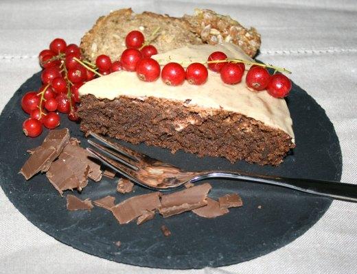 Saftiger Schokoladenkuchen mit Schwarzbrot