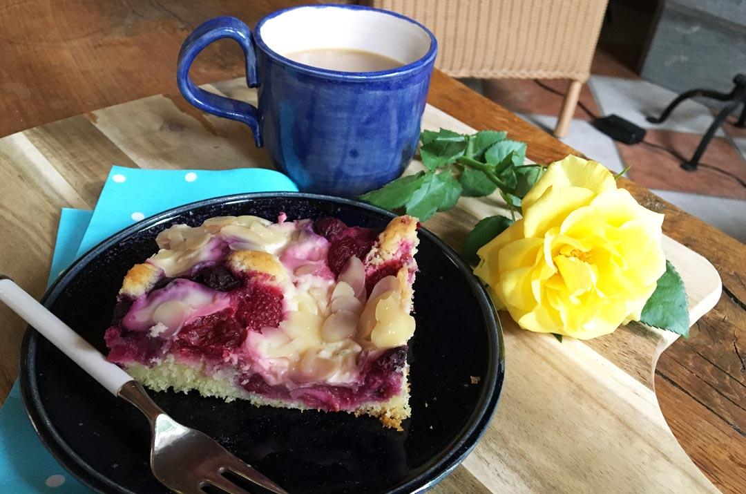Obst Blechkuchen Mit Puddingwolkchen Darjaswelt De