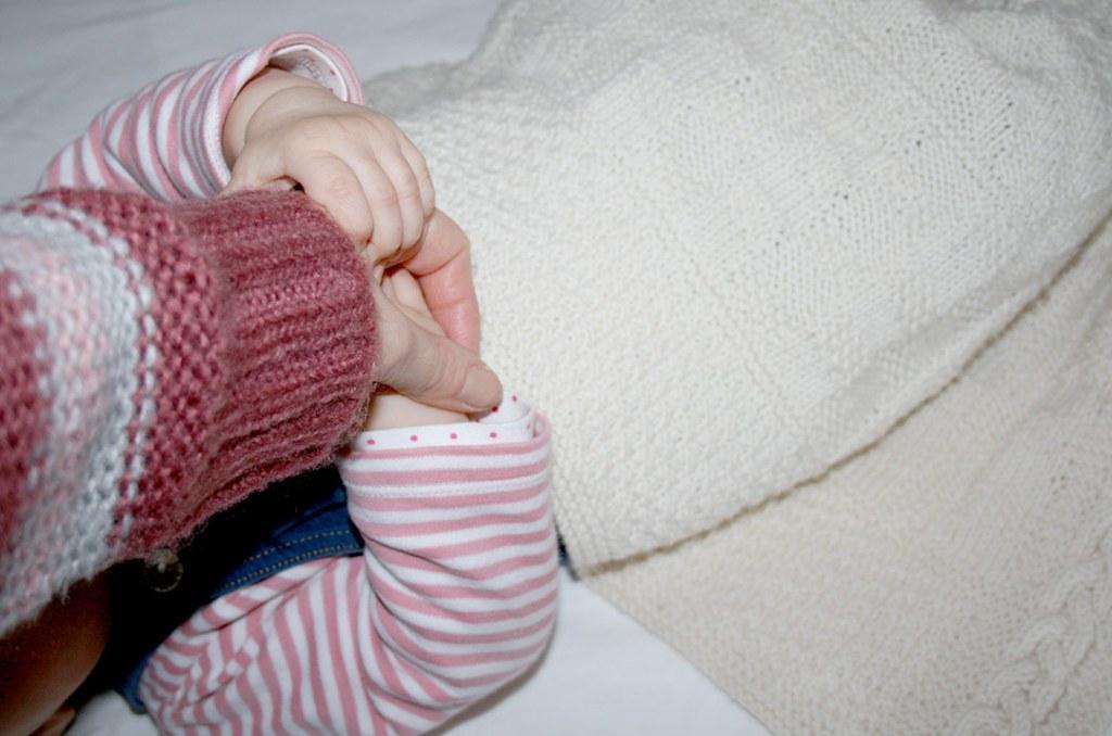 Foto von: Viel trösten und Händchen halten hilft am meisten. Darjas Welt