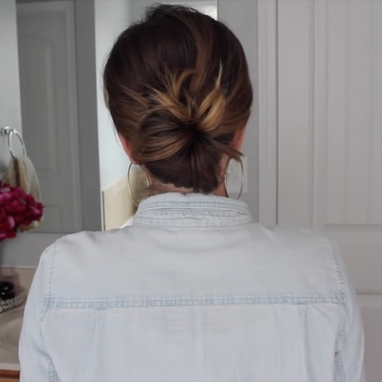 Messy low Bun 2