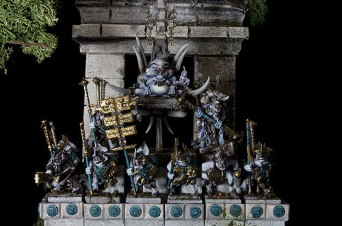 Slann at top his magnificent temple