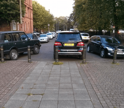 Car blocking the cycle lane