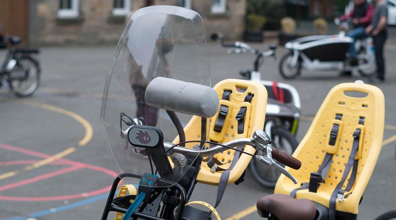 child seats on bike