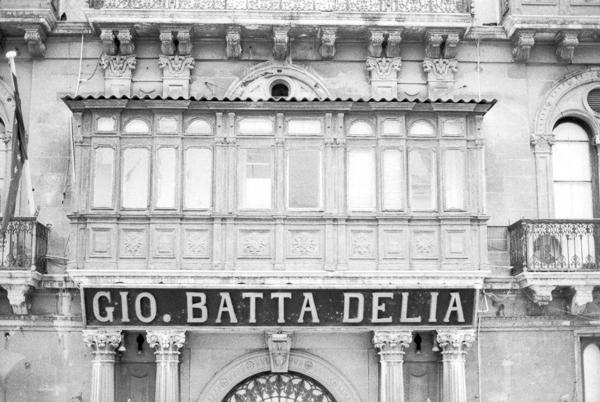 Gio Batta Delia, Ilford HP5+,Developed,35mm,Darkroom Malta,Valletta,Valetta18,ASA1600