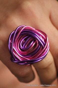 Grosse bague spirale tressées 2 couleurs prix : 6€