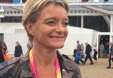 Ellen van Langen vindt het geen gekke gedachte dat darts ooit een olympische sport wordt.