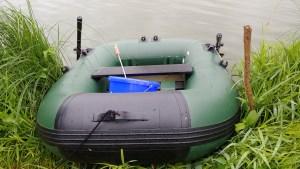 Angelboot zum Anfüttern