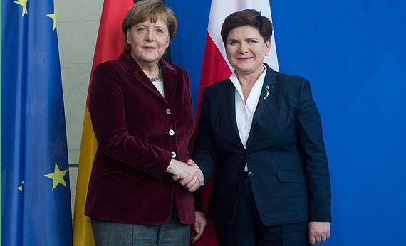 Mehr als drei Monate nach Amtsantritt kam Polens Premierministerin Beata Szydlo am 12. Februar zum Antrittsbesuch nach Berlin