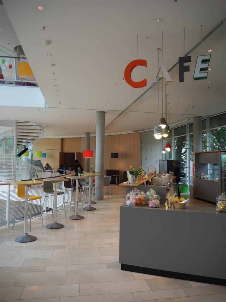 Café im Museum für Kommunikation MfK, Frankfurt, Das vierte Zimmer