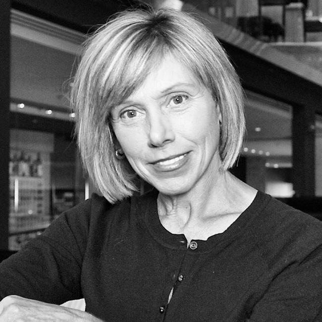 Susan Davidson, IDC