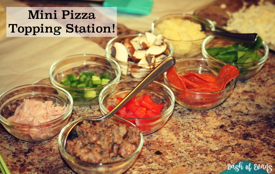 Want a fun MYO Takeout idea? Make a Mini-Pizza topping station and let the kids create their own pizzas! #MinionsMovieNight (ad)