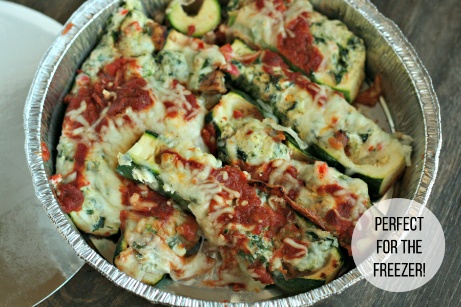 Perfect freezer meal: Zucchini Lasagna Boats via @DashOfEvans
