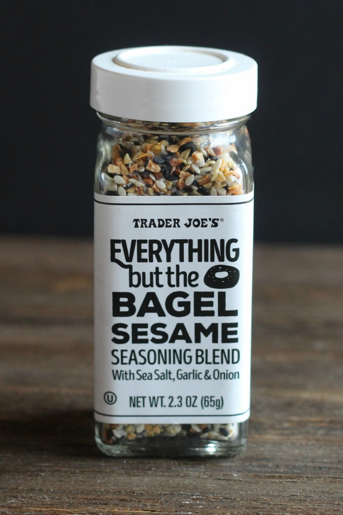 Not sure what to do with Trader Joe's Everything Bagel spice? Make smashed potatoes! These are a perfect side for steaks, burgers and more. YUM! via @DashOfEvans