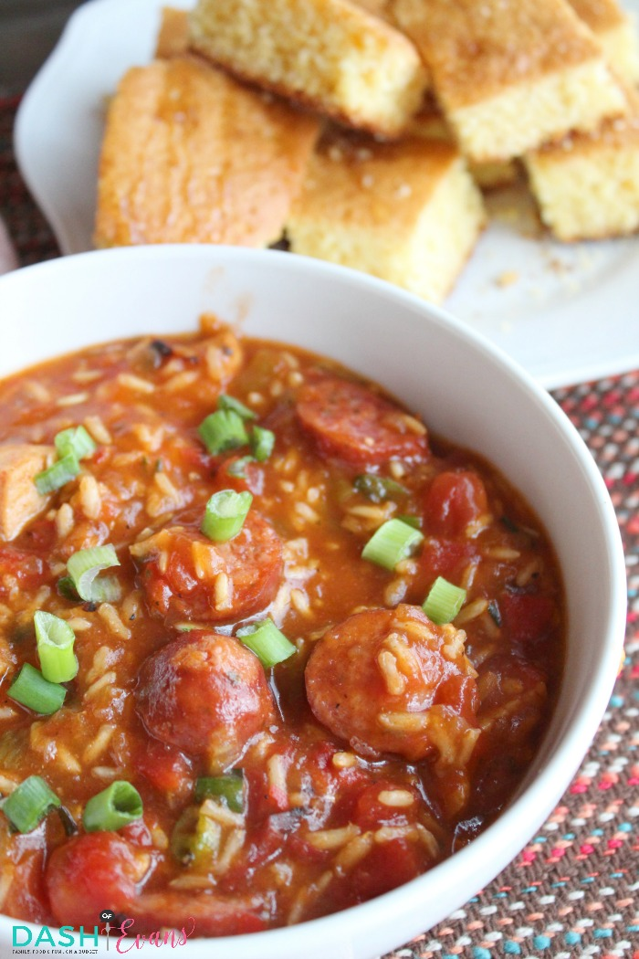 A new dinner idea for Klement's Polish Sausage: a Cajun bowl! One pot and ready in less than 30 min. YUM! via @DashOfEvans
