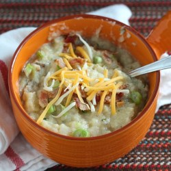 Loaded Baked Potato Soup with Roasted Ga...