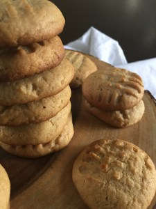 Spiced Peanut Butter Cookies | dashofjazz.com
