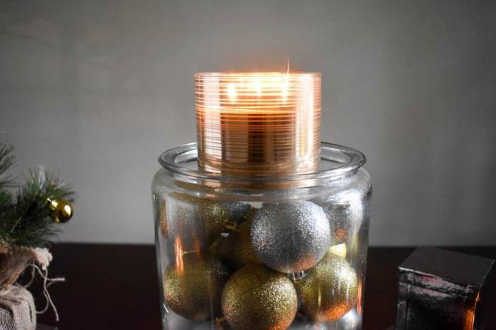 glam Christmas centerpiece