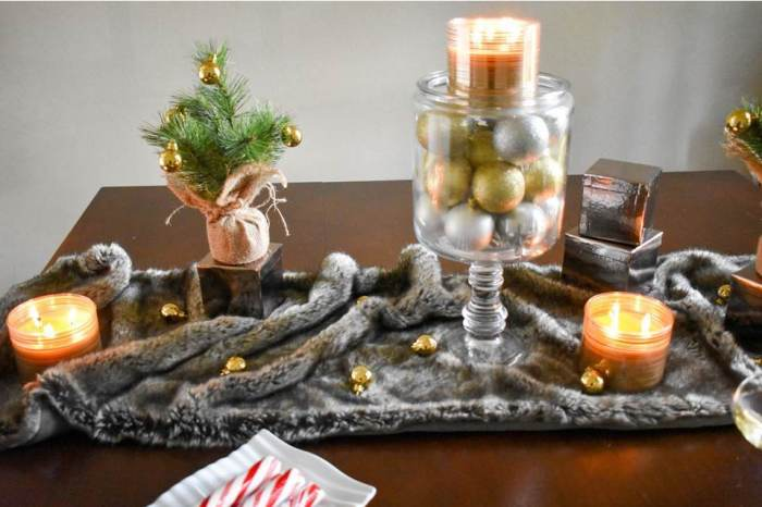 glam holiday tablescape