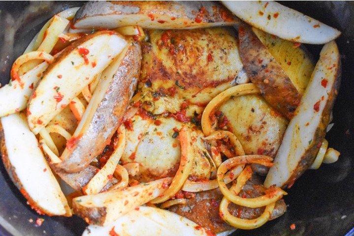 Slow Cooker Moroccan Chicken | Dash of Jazz