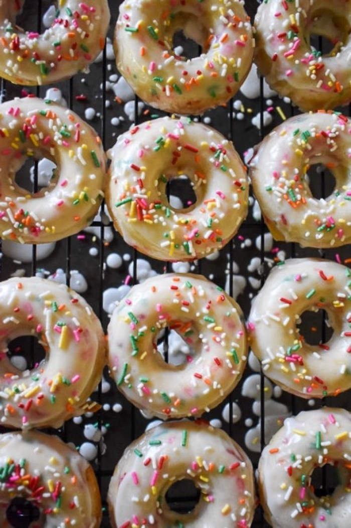 frosted funfetti donuts