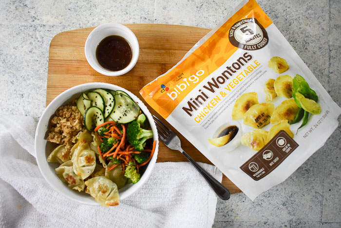 wonton power bowl with sauce and Bibigo mini wontons