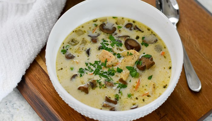 Creamy Chicken & Mushroom Soup (30-Minute Recipe)