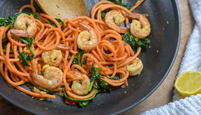 15-Minute Shrimp & Veggie Skillet