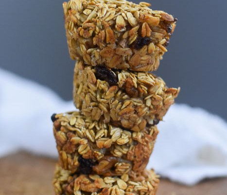Vegan Banana Nut Oatmeal Breakfast Muffins with Protein