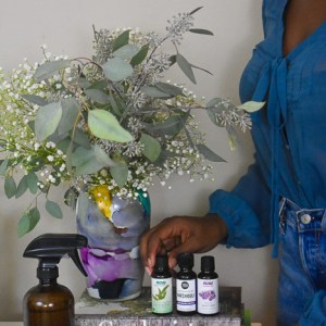 Issa Vibe: How to Use Essential Oils in Your Home