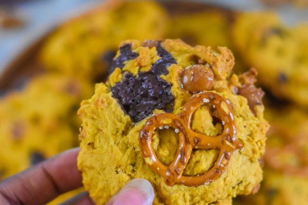Pumpkin Kitchen Sink Cookies