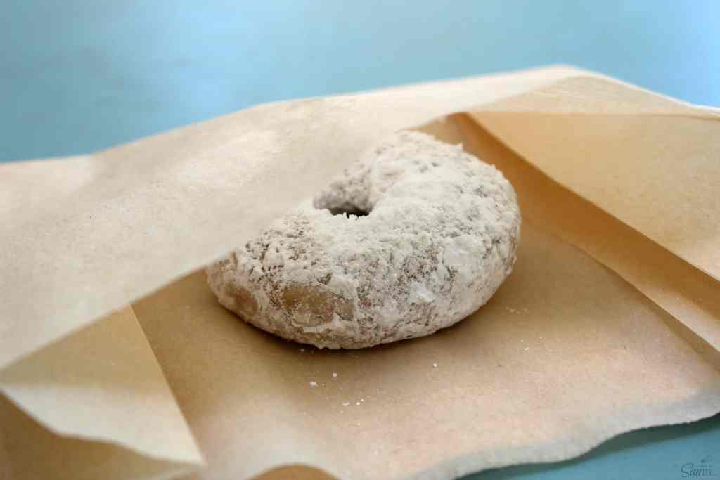 powdered sugar cake donuts