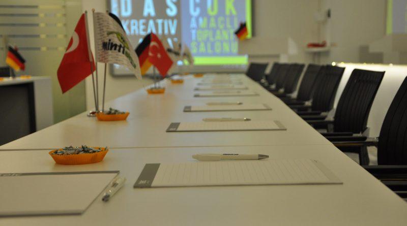 DAS KREATIVRAUM : Çok Amaçlı Toplantı Salonu