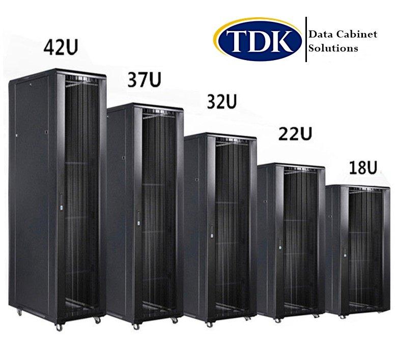 32u data cabinets 600 x 800 floor standing glass door
