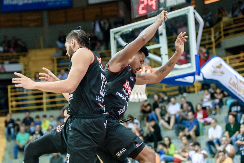 A dupla Leandro Barbosa e Leonardo Mendl está entrosando rapidamente / Foto: Newton Nogueira