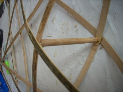cara-membuat-lampion-dari-bambu-8