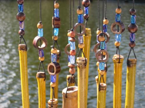 kerajinan-tangan-dari-bahan-bambu-genta-angin