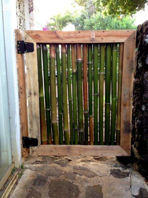 kerajinan-tangan-dari-bahan-bambu-gerbang-taman