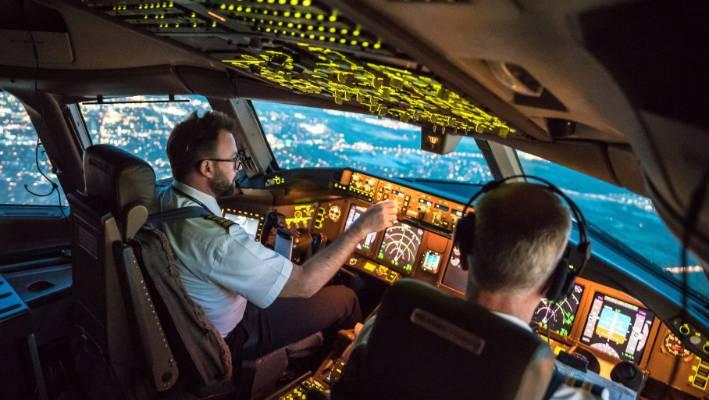 Combien y a-t-il de pilotes dans un avion ?