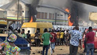 Photo of Lagos, Ekiti impose curfew, as violence spreads to Abuja, Kano, Jos