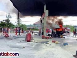 Mobil Mendadak Terbakar, Warga di SPBU Geger