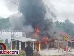 Gudang Minyak di Mentawai Habis Dilalap Api