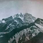El Aconcagua visto desde el Sur. A la izquierda el valle de Horcones, a la derecha el cerro Almacenes. Foto de J. Uflerbäumer.