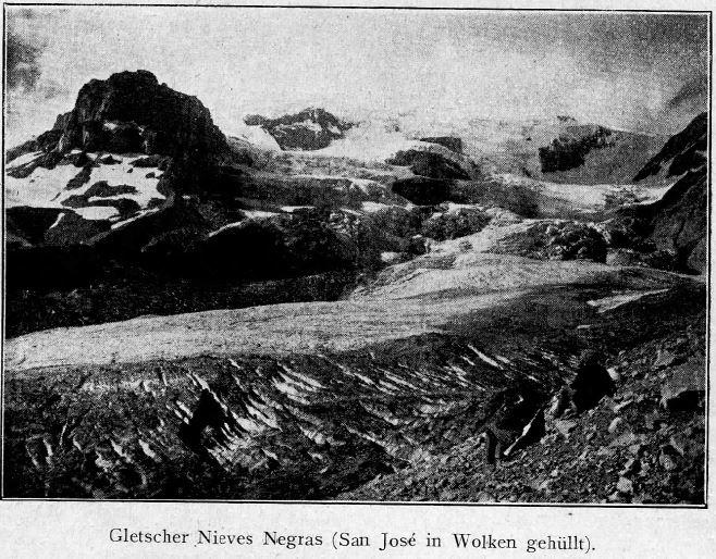 Glaciar Nieves Negras (San José cubierto por nubes)