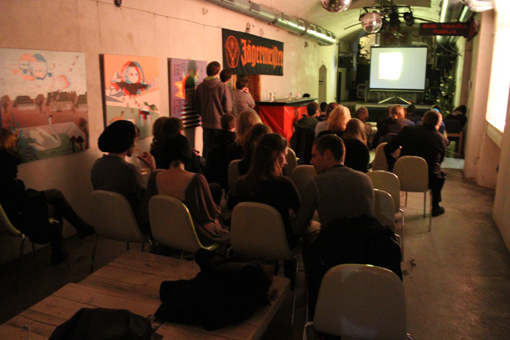 Snapshot of an audience in Latvia watching Robert on his Lunch Break in December of 2010.